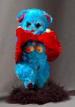 blue bear by Yulia Lanina